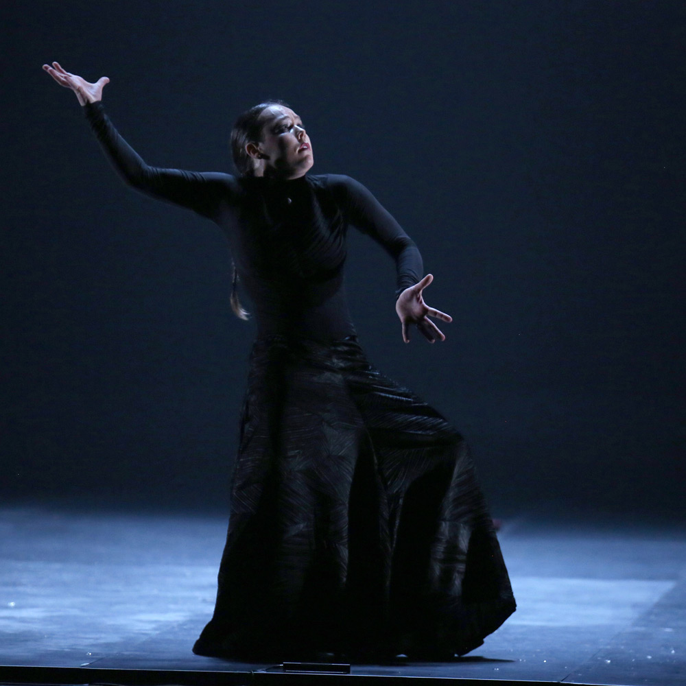 Rocio Molina in Danzaora & Vinatica.© Luiz C Ribeiro. (Click image for larger version)