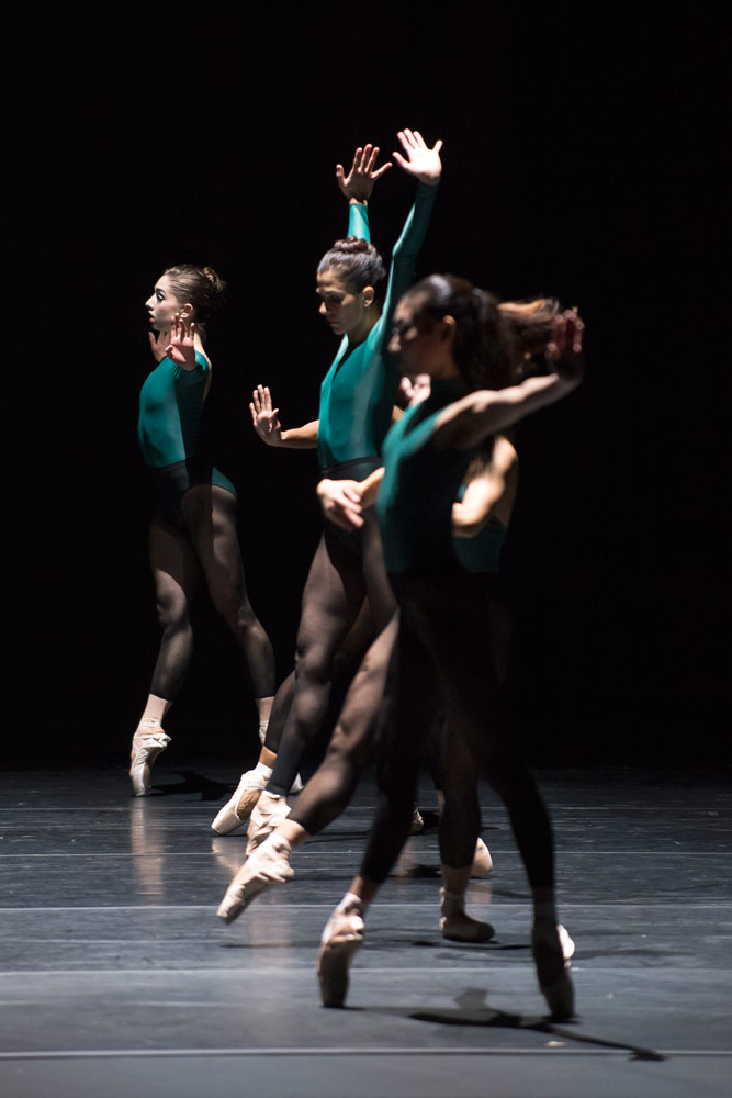 Washington Ballet in Forsythe's <I>In the Middle, Somewhat Elevated</I>.<br />© Media 4 Artists - Theo Kossenas. (Click image for larger version)