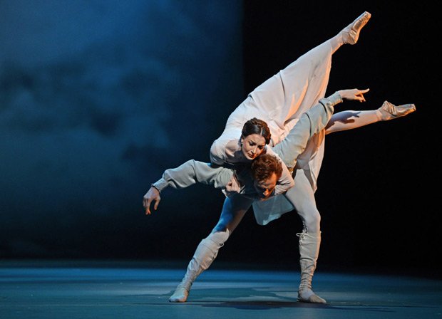 Lauren Cuthbertson and Edward Watson in Wheeldon's <I>The Winter's Tale</I>.<br />© Dave Morgan, courtesy the Royal Opera House. (Click image for larger version)