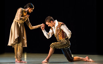 Vidya Patel and Liam Riddick in An Italian in Madrid.© Foteini Christofilopoulou. (Click image for larger version)