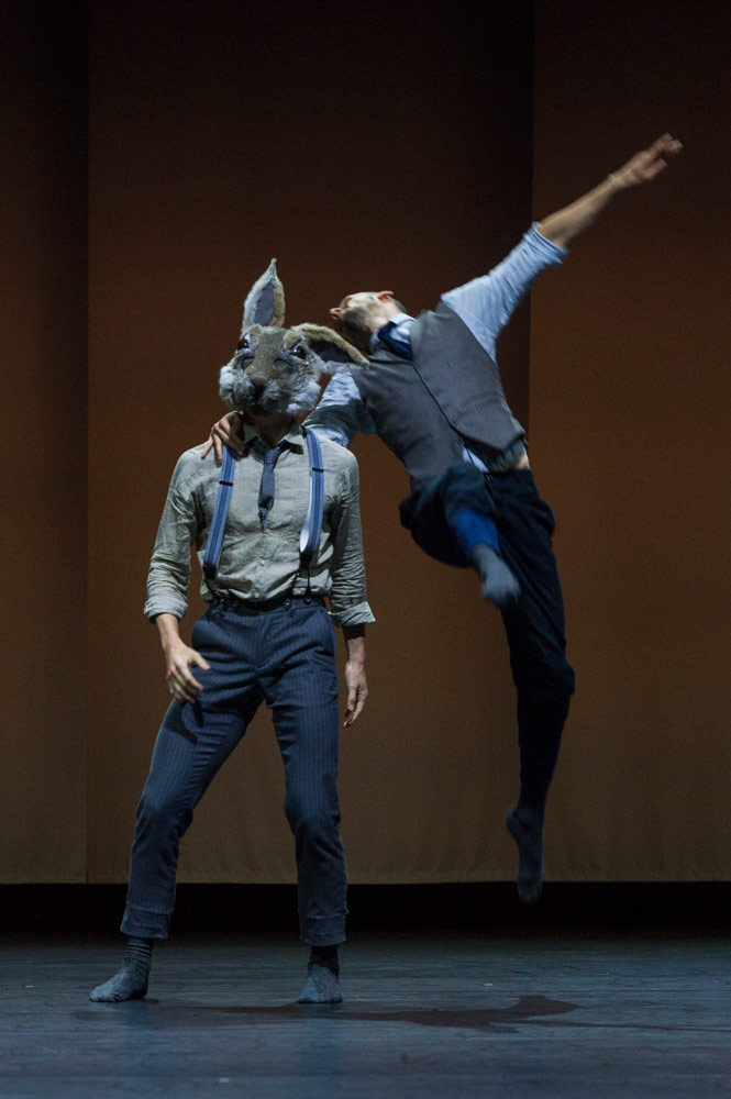 Bradley Waller and Harry Price in Pontus Lidberg's <I>Rabbit</I>.<br />© Foteini Christofilopoulou. (Click image for larger version)