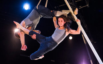 Alex Harvey and Emily Nicholl in Tipping Point.© Foteini Christofilopoulou. (Click image for larger version)