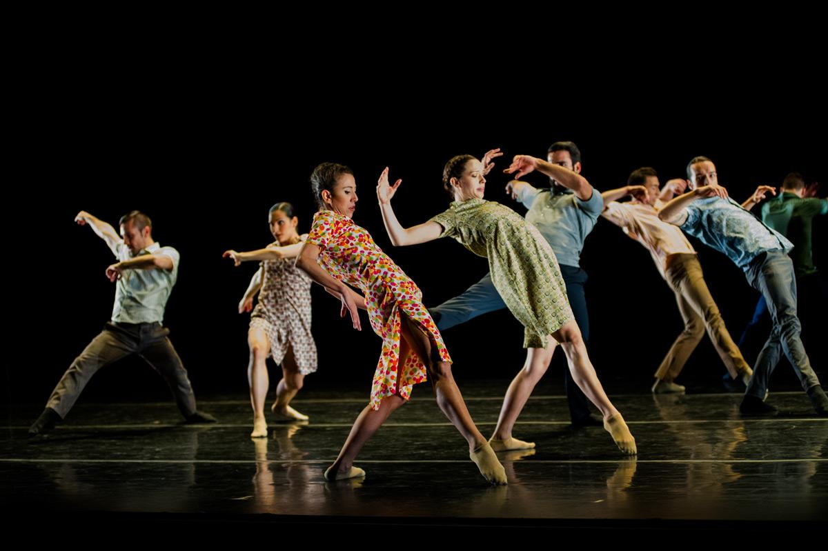 Ballet Hispanico in <I>Flabbergast</I>.<br />© Paula Lobo. (Click image for larger version)