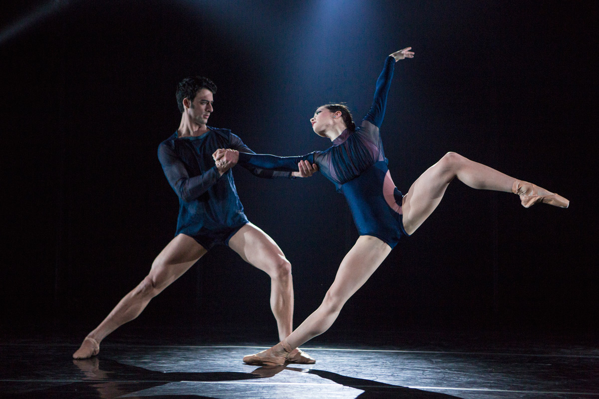 Arian Molina Soca and Lilian DiPiazza in Nicolo Fonte's <I>Grace Action</I>.<br />© Yi-Chun Wu. (Click image for larger version)