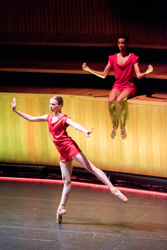 Armitage Gone! Dance performing <I>Agon</I>.<br />© Camilla Greenwell Photography. (Click image for larger version)
