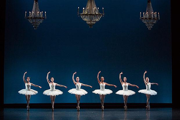 Australian Ballet in Symphony in C.© Daniel Boud. (Click image for larger version)