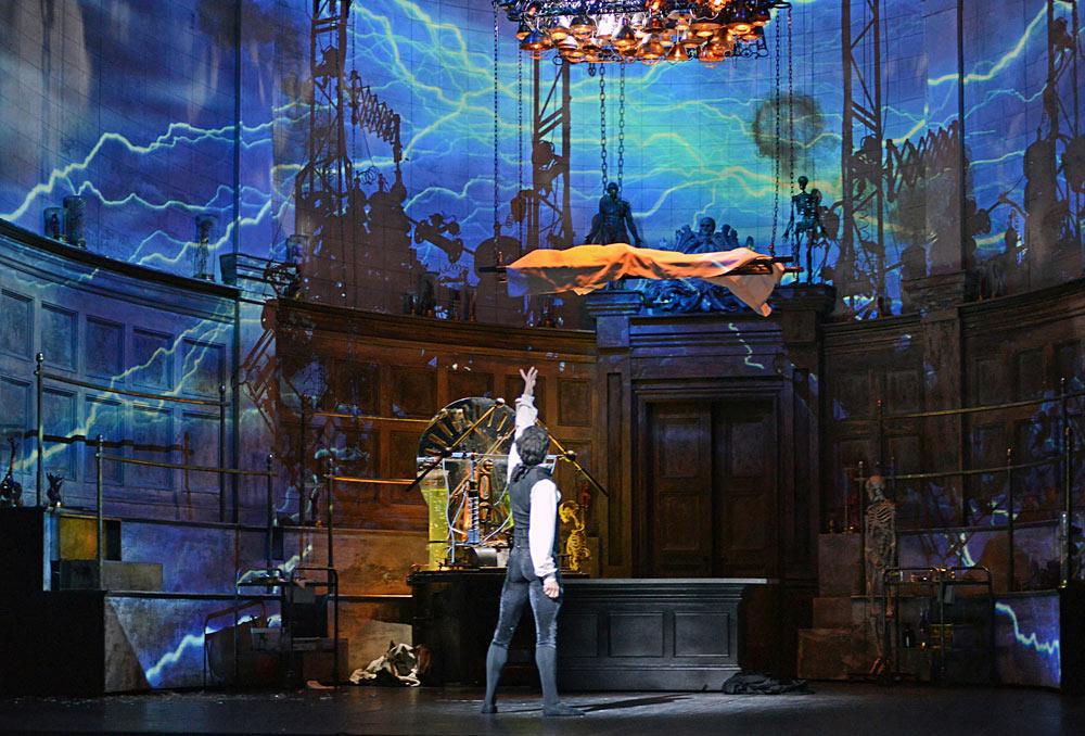 Federico Bonelli (Victor Frankenstein) in Liam Scarlett's <I>Frankenstein</I>.<br />© Dave Morgan, courtesy the Royal Opera House. (Click image for larger version)