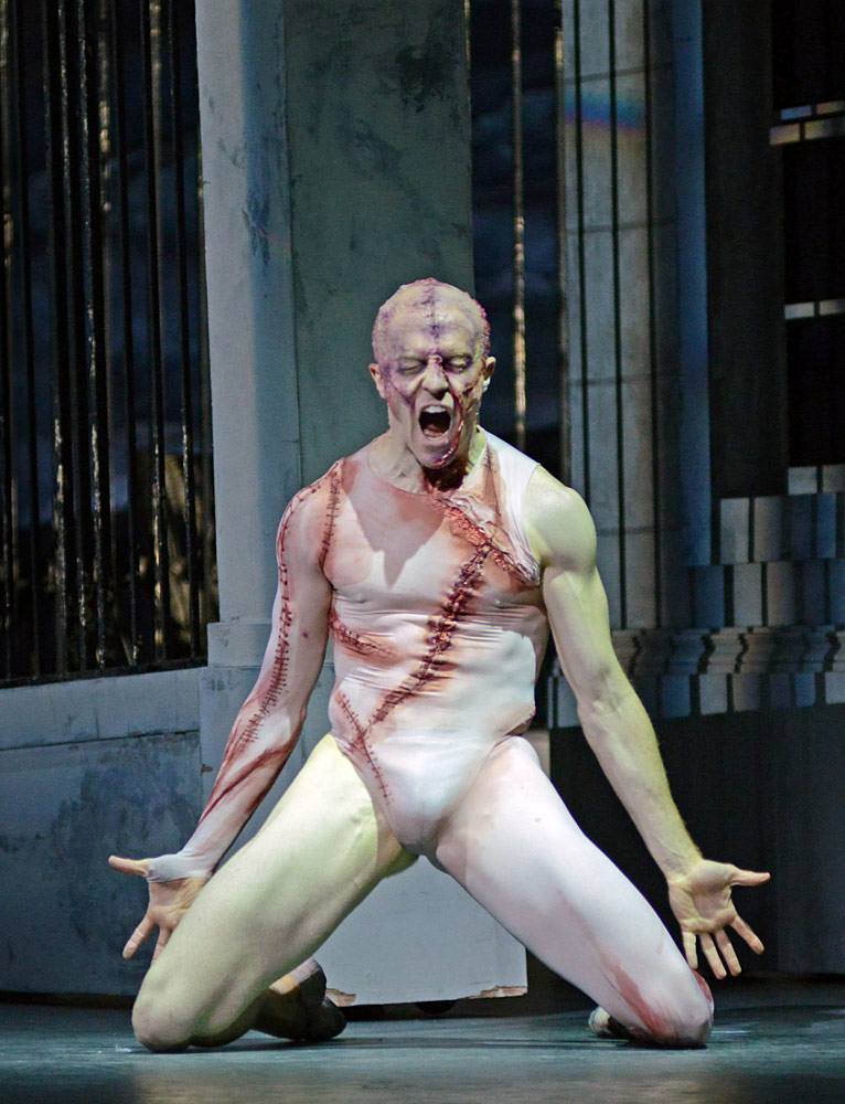 Steven McRae (The Creature) in Liam Scarlett's <I>Frankenstein</I>.<br />© Dave Morgan, courtesy the Royal Opera House. (Click image for larger version)