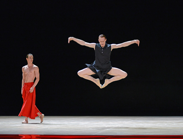 Calvin Richardson and Edward Watson in <I>Obsidian Tear</I>.<br />© Dave Morgan, courtesy the Royal Opera House. (Click image for larger version)