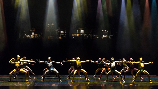 Rambert in Itzik Galili's A Linha Curva.© Foteini Christofilopoulou. (Click image for larger version)