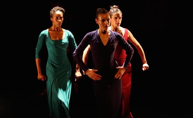 dotdotdot dance publicity image.<br />© Luis Camacho. (Click image for larger version)