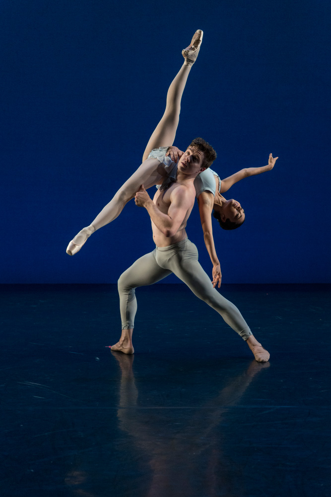 Mariana Perez and Jon-Paul Hills in Spring Waters.© Lucas Chilczuk. (Click image for larger version)