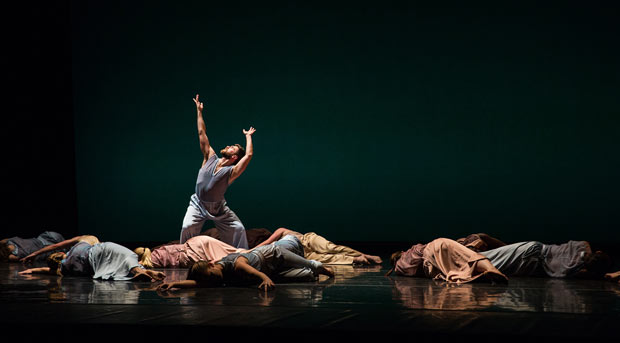 Mark Morris Dance Group in The.© Mat Hayward. (Click image for larger version)