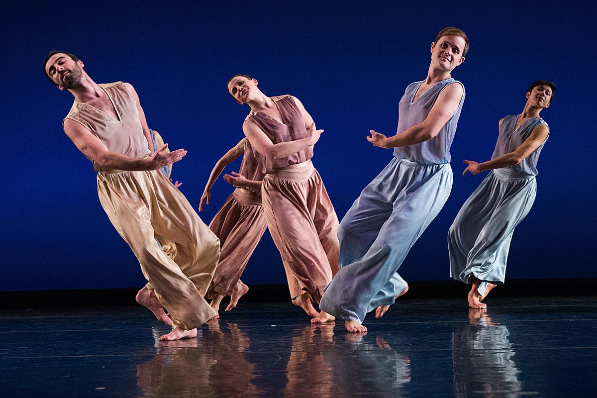 Mark Morris Dance Group in <I>The</I>.<br />© Mat Hayward. (Click image for larger version)