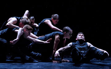 Andrew Bartee, Scott Fowler, Christoph von Riedemann, Alexis Fletcher, Emily Chessa, Kirsten Wicklund and Brandon Alley in Crystal Pite's Solo Echo.© Michael Slobodian. (Click image for larger version)