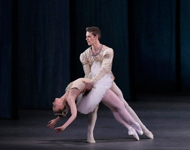 Teresa Reichlen and Russell Janzen in <I>Diamonds</I>.<br />© Paul Kolnik. (Click image for larger version)