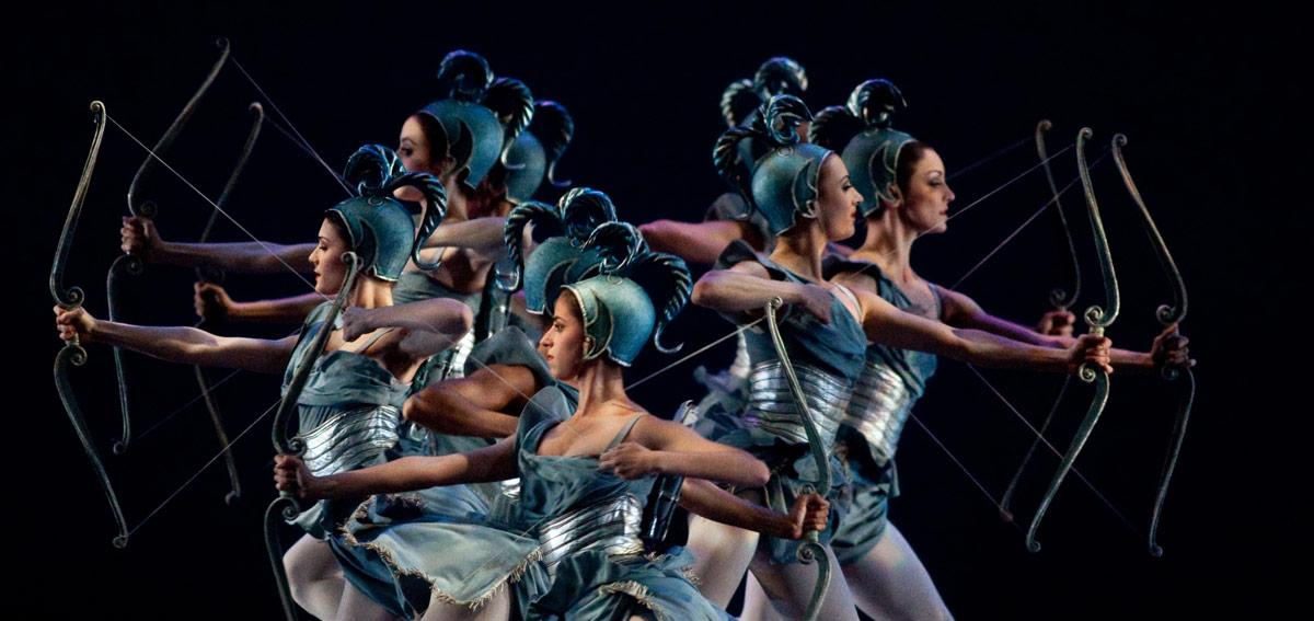 American Ballet Theatre in Ashton's Sylvia.© Rosalie O'Connor. (Click image for larger version)