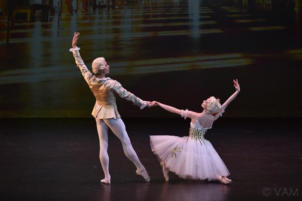 Ekaterina Krysanova and Artem Ovcharenko in Pierre Lacotte's <I>Marco Spada</I>.<br />© VAM/ Siggul. (Click image for larger version)