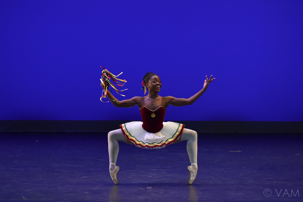 Michaela DePrince in Balanchine's Tarantella.© VAM/ Siggul. (Click image for larger version)