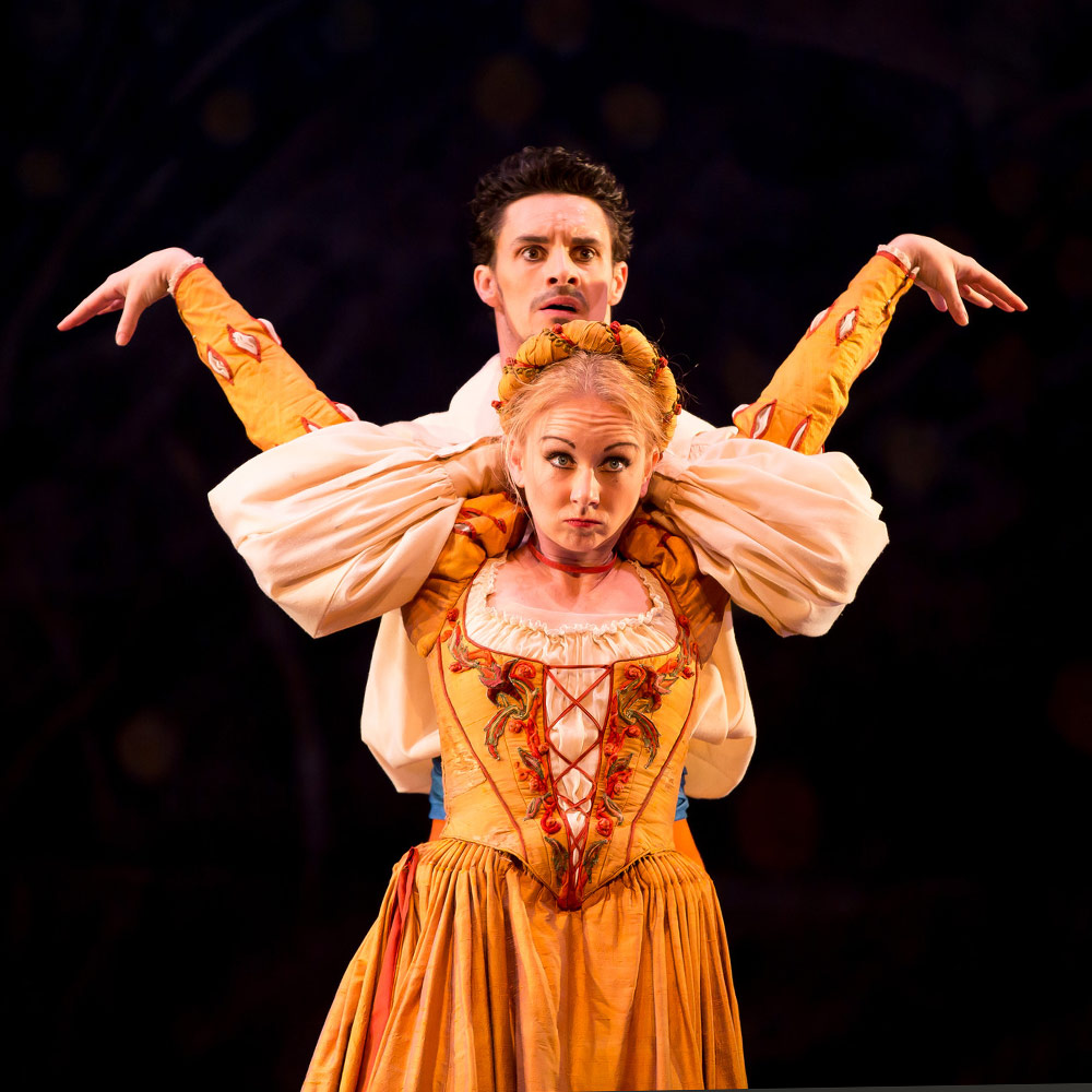 Elisha Willis and Iain Mackay in John Cranko's The Taming of the Shrew.© Andy Ross. (Click image for larger version)