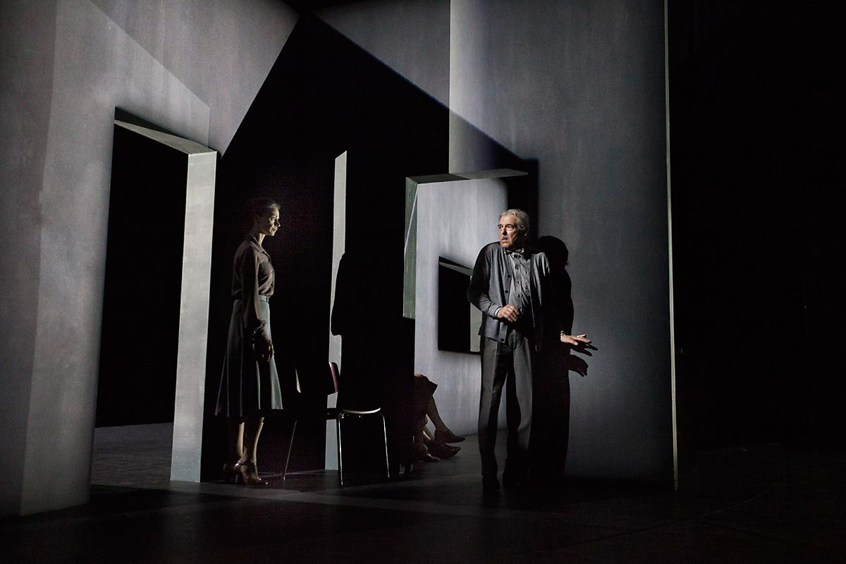 Royal Danish Ballet in Kim Brandstrup's Shaken Mirror.© Per Morten Abrahamsen. (Click image for larger version)