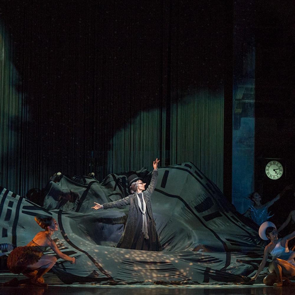 Jasmin Durham in Alexei Ratmansky's <I>Cinderella</I>.<br />© Foteini Christofilopoulou. (Click image for larger version)