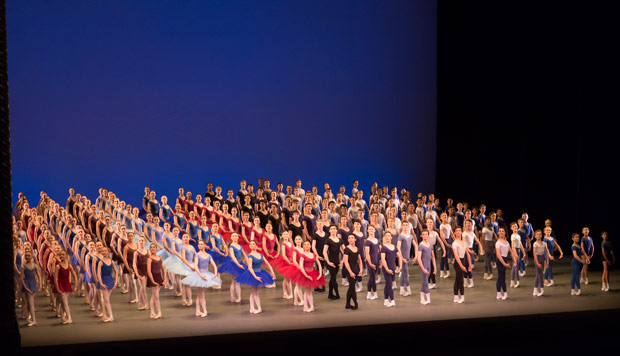 The Royal Ballet School's Grand Defile.<br />© Johan Persson. (Click image for larger version)