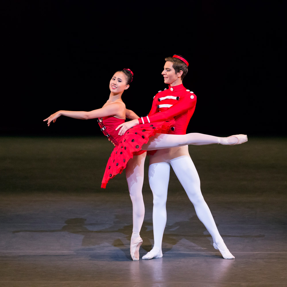 Kaho Kanagisawa and Giacomo Rovero in <I>Soirees Musicales</I>.<br />© Johan Persson. (Click image for larger version)