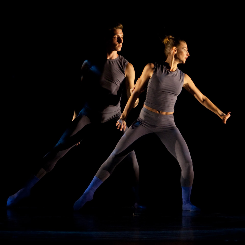 Nathan Makolandra and Rachelle Rafailedes in Helix.© Rose Eichenbaum. (Click image for larger version)