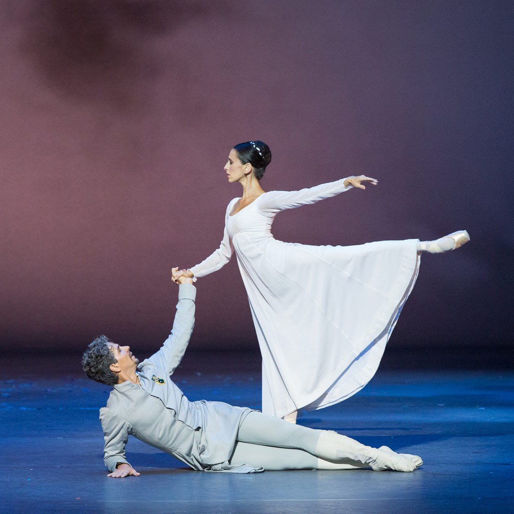 Sonia Rodriguez and Guillaume Côté in The Winter's Tale.© Aleksandar Antonijevic. (Click image for larger version)