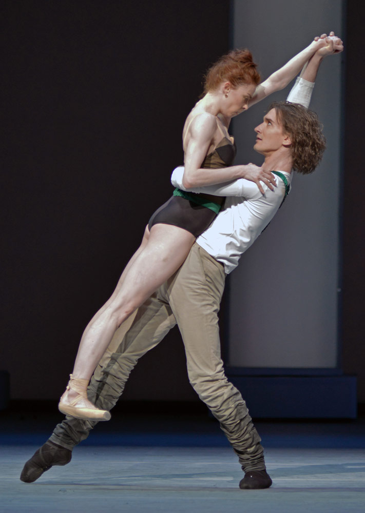 Ekaterina Krysanova and Vladislav Lentratov in Taming of the Shrew.© Dave Morgan. (Click image for larger version)