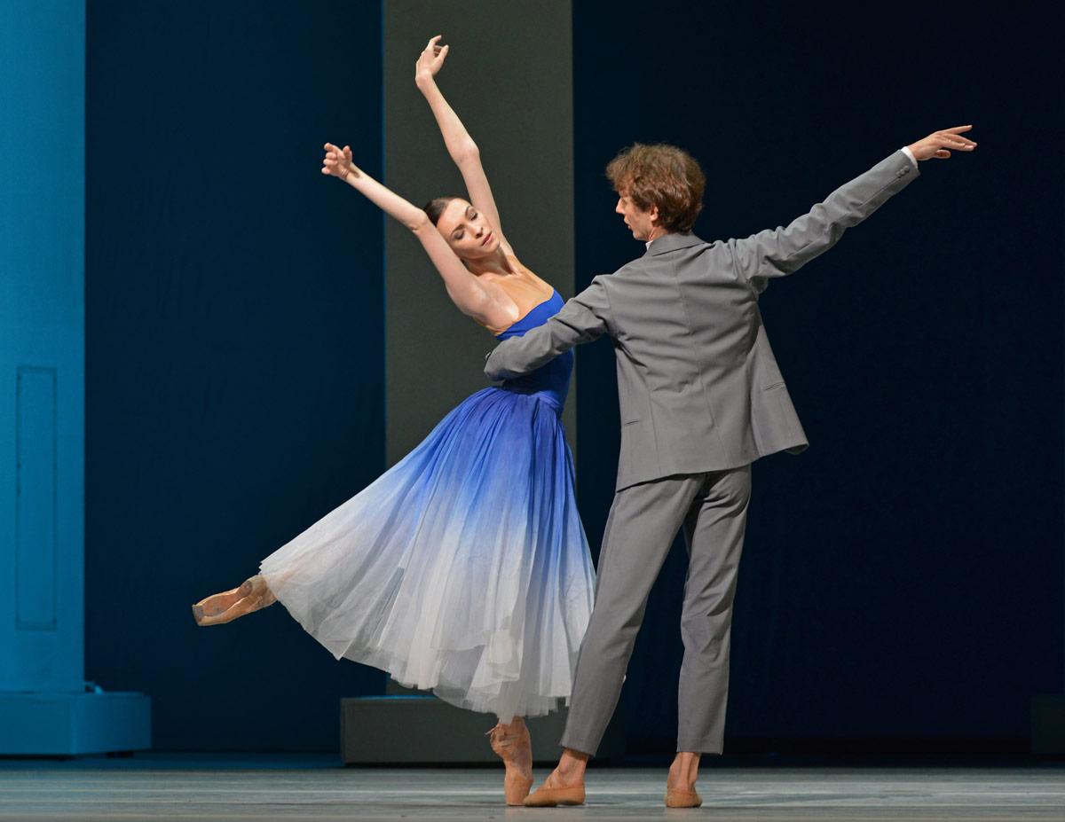 Olga Smirnova and Semyon Chudin in <I>Taming of the Shrew</I>.<br />© Dave Morgan. (Click image for larger version)