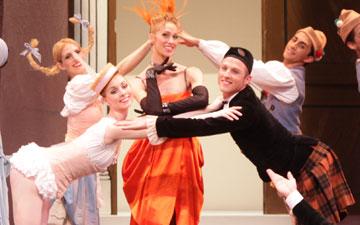 Sarasota Ballet in Frederick Ashton's Facade.© Frank Atura. (Click image for larger version)