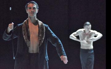David Rodriguez (as Diaghilev) in NIJINSKI.© Regina Brocke. (Click image for larger version)