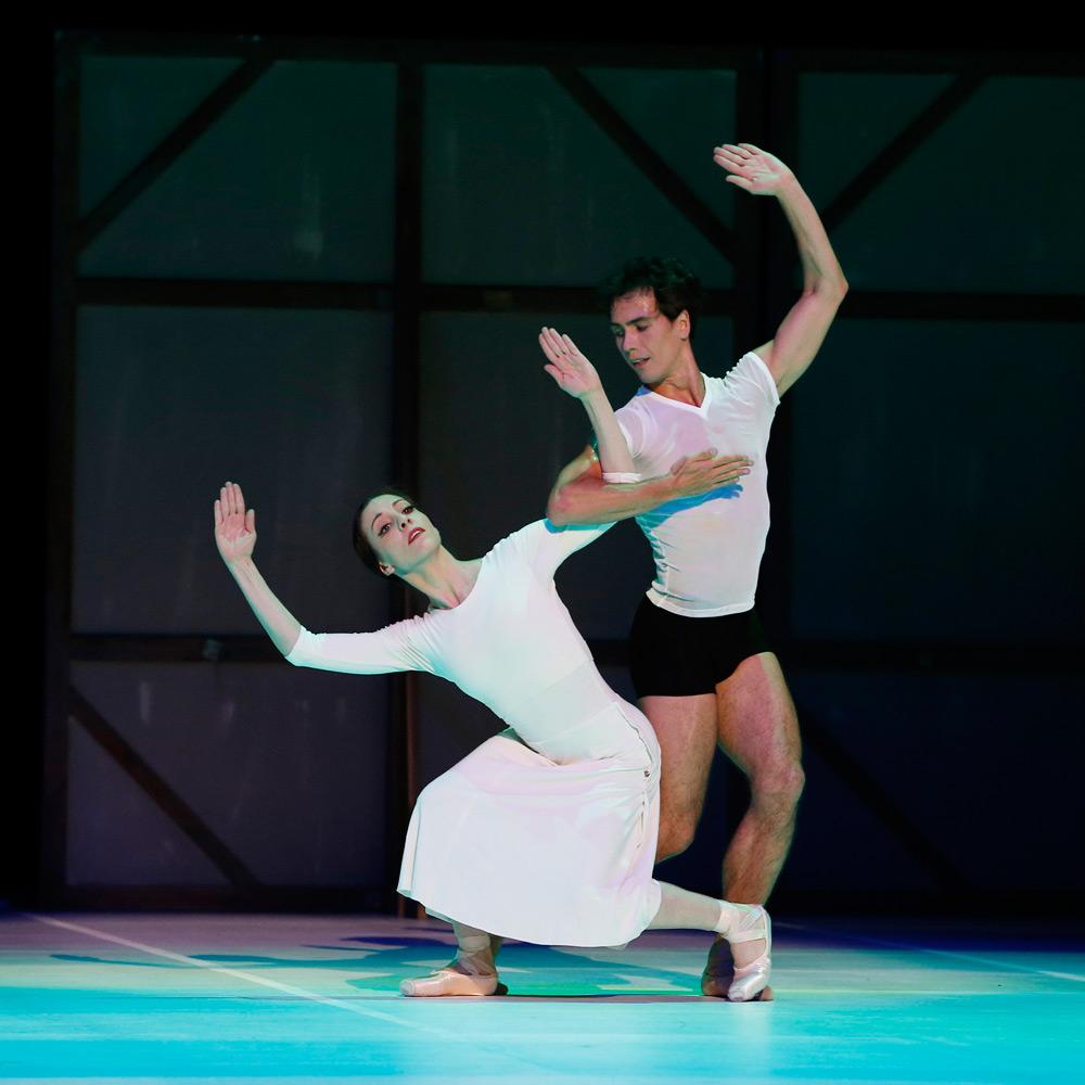 Leanne Stojmenov and Alexandre Riabko in <I>Nijinsky</I>.<br />© Jeff Busby. (Click image for larger version)