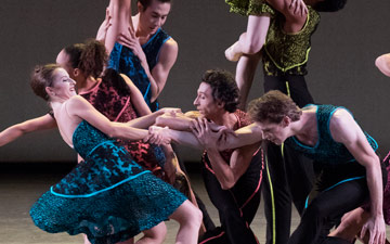 New York City Ballet in Peter Walker's Ten in Seven.© Paul Kolnik. (Click image for larger version)