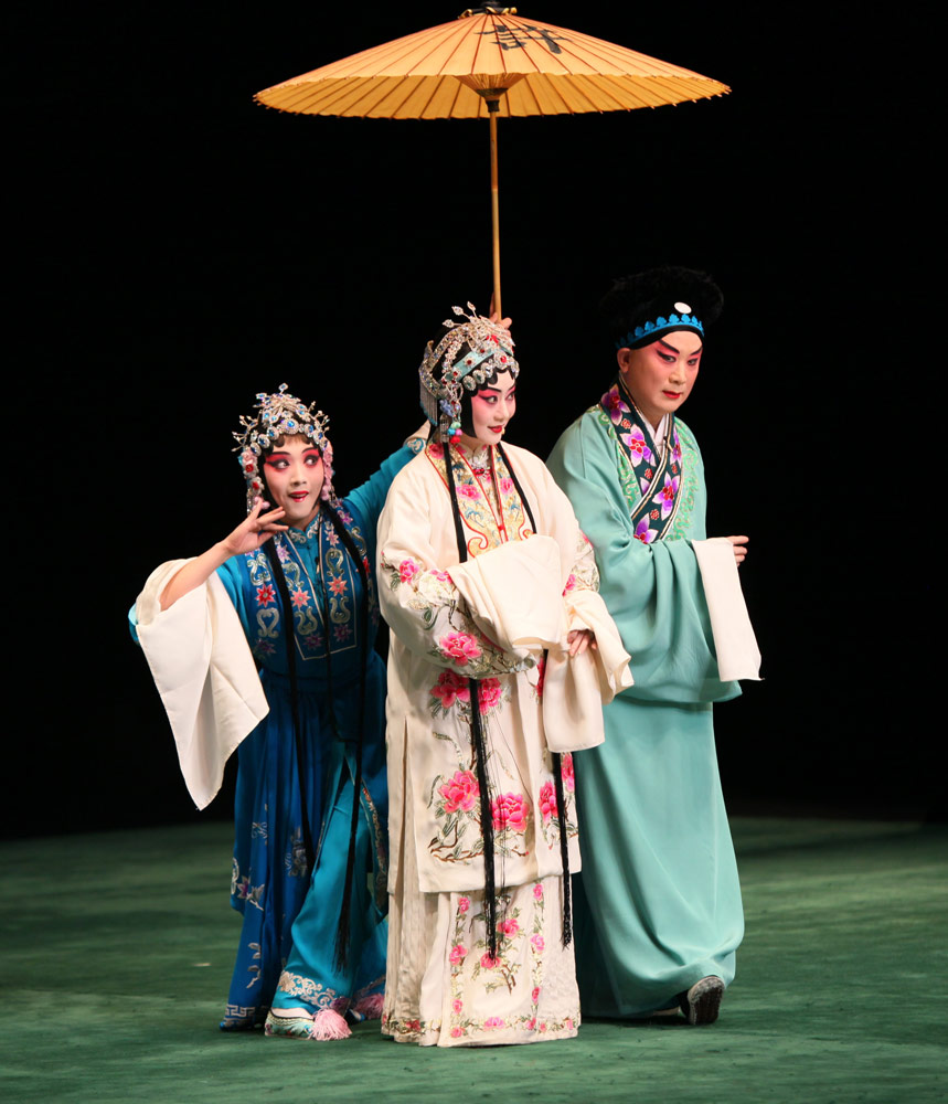 China National Peking Opera Company in <I>The Legend of the White Snake</I>.<br />© China National Peking Opera Company. (Click image for larger version