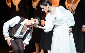 Zaloa Fabbrini and Alessio Passaquindici in Roland Petit's L'Arlésienne.© Dominique Jaussein. (Click image for larger version)