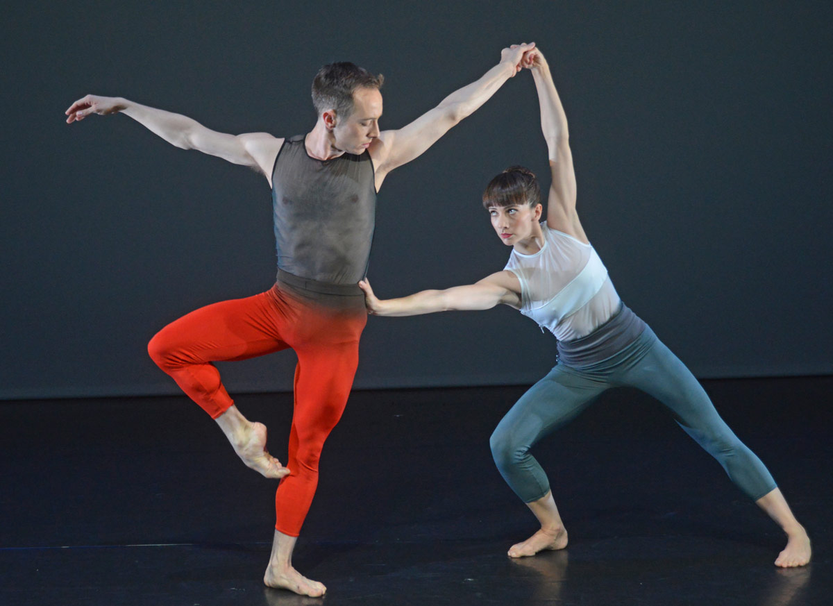 Kieran Stonely and Amy Thake in Yolande Yorke-Edgell's Untethered.© Dave Morgan. (Click image for larger version)
