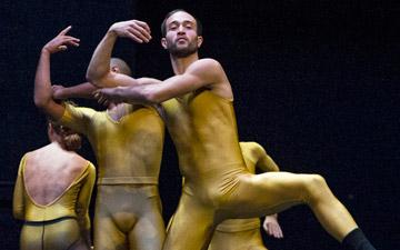 CCN Ballet de Lorraine in Unknown Pleasures.© Foteini Christofilopoulou. (Click image for larger version)