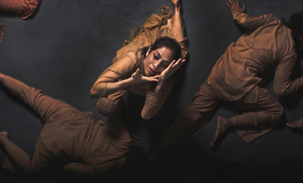 Aditi Mangaldas Dance Company in Inter_rupted.© Nirvair Singh. (Click image for larger version)