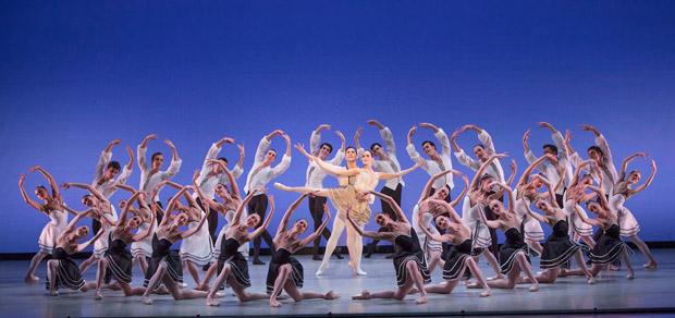 Suzanne Farrell Ballet in <I>Gounod Symphony</I>.<br />© Paul Kolnik. (Click image for larger version)