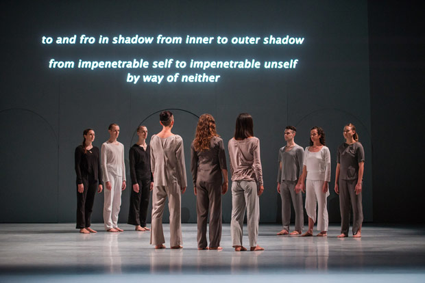 Shen Wei Dance Arts in <I>Neither</I>.<br />© Stephanie Berger. (Click image for larger version)