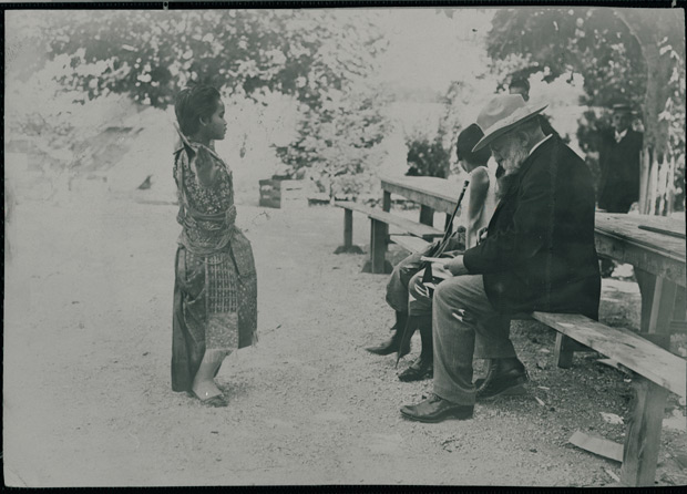 Rodin drawing Cambodian dancers 1906 (July)© Musée Rodin. photo: Jean de Calan. (Click image for larger version)