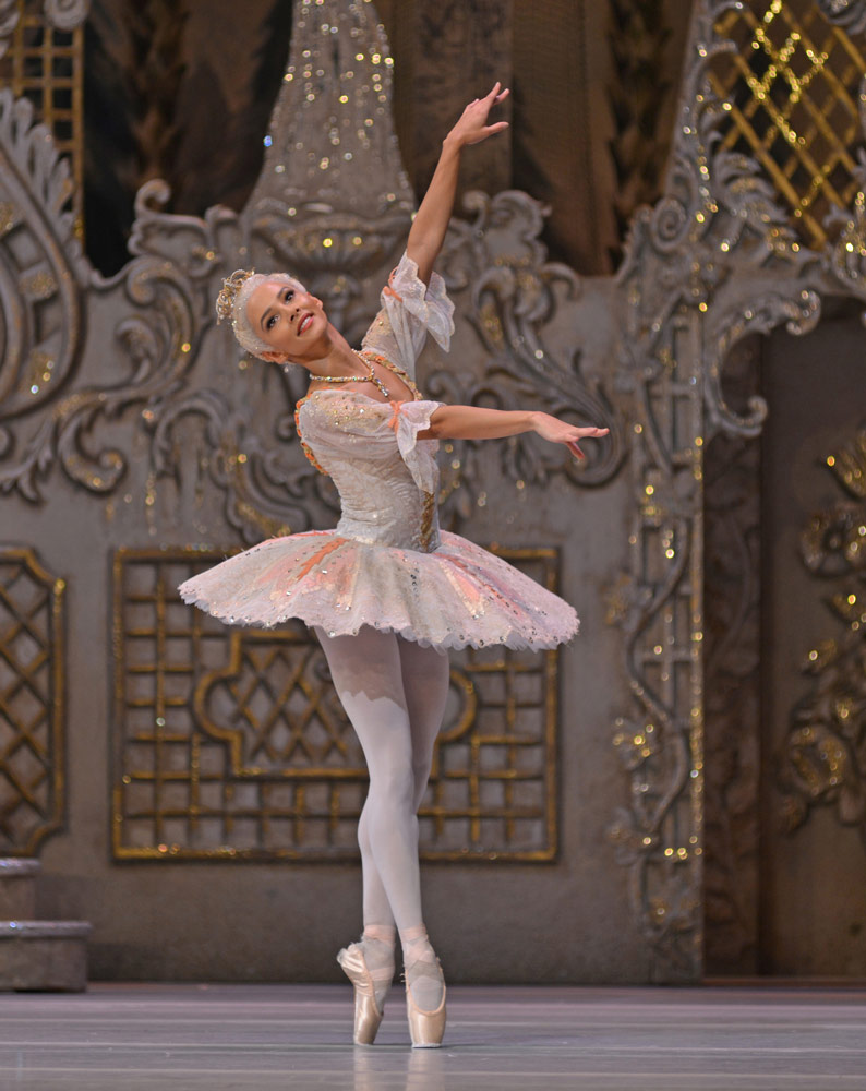 Francesca Hayward in The Nutcracker.© Dave Morgan, courtesy the Royal Opera House. (Click image for larger version)