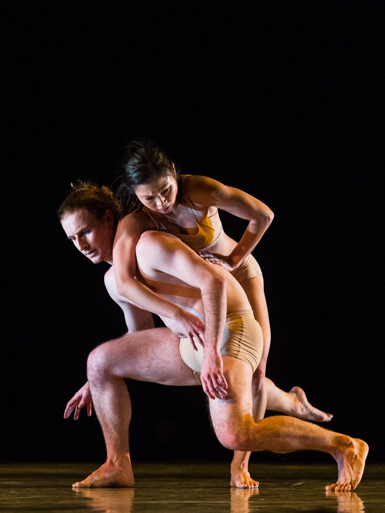 Stephen Wright and Vanessa Kang in Hydrargyrum.© Foteini Christofilopoulou. (Click image for larger version)