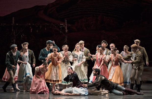 Miami City Ballet in <I>Giselle</I>.<br />© Gene Schiavone. (Click image for larger version)