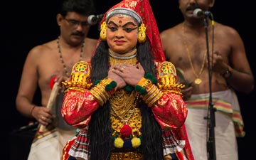 Kerala Kalamandalam in Dussasana Vadhom.© Kevin Yatarola. (Click image for larger version)