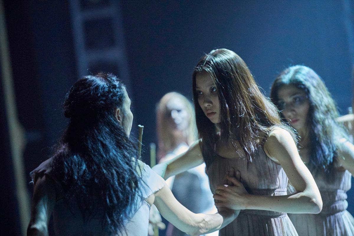 Tamara Rojo and Rina Kanehara in Akram Khan's Giselle.© Laurent Liotardo. (Click image for larger version)
