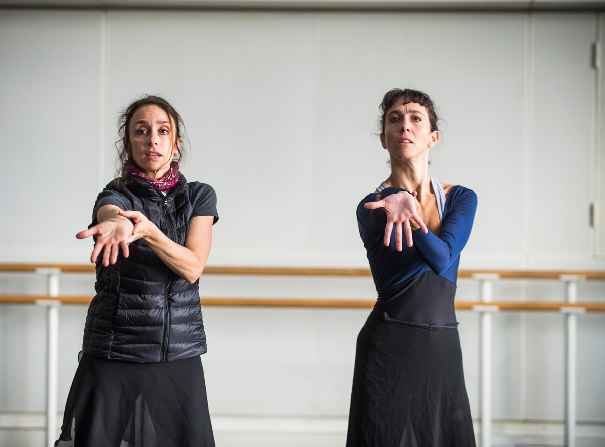 Viviana Durante in the studio rehearsing Anastasia with Laura Morera.© ROH, 2016. Photographed by Tristram Kenton. (Click image for larger version)